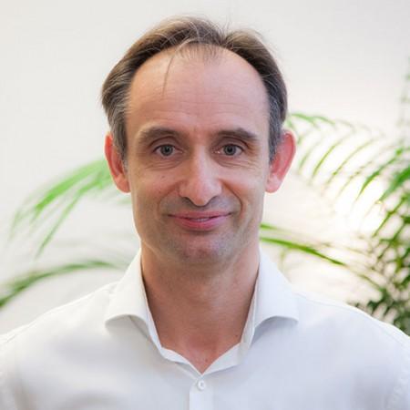 Dr. Peter Melloh